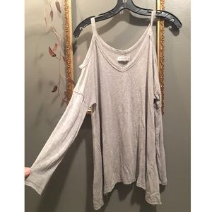 A&F exposed shoulder top